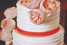 Amazing wedding cakes / With such a wide selection of wedding cakes to choose from, you are sure to find one to suit your taste and wedding style