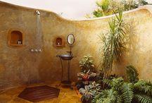 Garden: Outdoor shower