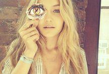 Gigi Hadid / Can I look like her please?