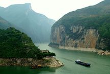 Group Tours Yangtze Cruise / Yangtze River Cruises Tours 2015 / 2016 with the main Explore the breathtaking Three Gorges and its greatest cultural treasures on our top Yangtze River Cruise.