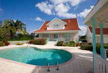 Villa La Playa - Cayman Villas / 4 bedroom beachfront home with a private swimming pool and boat dock. Walking distance to the Rum Point Beach Bar and Restaurant, watersports and activities. Perfect for families!