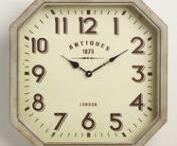 Farmhouse Clocks / Farmhouse clocks|windmill clock|windmill décor|vintage clocks|distressed clocks