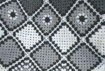 Lorraine black and white blanket