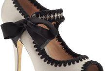 Shoes / by Dana Valenzuela