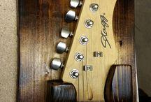 Gitarrenhalterungen / Bau Dir Deine eigenen Gitarrenhalter aus Holz!