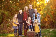 Fall Wardrobe Ideas for Family Photo Sessions / A great inspiration board for those who are getting Fall photos!