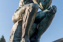 Rodin / Auguste Rodin, né à Paris le 12 novembre 1840, et mort à Meudon, le 17 novembre 1917, est l'un des plus importants sculpteurs français de la seconde moitié du XIXᵉ siècle, considéré comme un des pères de la sculpture moderne