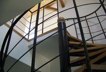 SCHODY A SCHODIŠTĚ / Vyrábíme zakázkově kvalitní dřevěné masivní schody a schodiště, nášlapy na schody, schodové hrany, dřevěné obklady schodů, půdní schody, venkovní schody, točité schody, interiérové i exteriérové schody ze všech typů podlahových krytin. http://www.podlahy-rozsafny.cz/sluzby/vyroba-schodu-a-schodist/