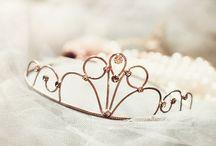 ♥  Crowns