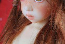 Kaye Wiggs dolls