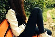 Girl sad dpzz