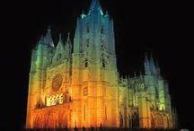 catedral nocturna en leon