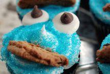 Cupcakes / by Hannah Grimmett
