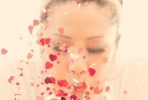 Confetti in wedding