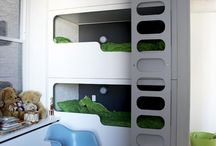 Kids' rooms / by Claudia Soria