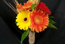 Wedding flowers / by Hillary Stevens Vacon