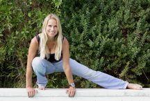 Fitness / Mit sanften Dehnübungen erhältst du jugendliche Elastizität , mit mehr Beweglichkeit fühlst du dich freier, frischer und leistungsfähiger.