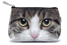 CAT HOUSEWARES / A great range of cat housewares can be found at Mad About Cats, the UK's premier online cat gift shop.  Within the online shop you will find great gift ideas for cat lovers and their cats - a few examples are shown below. There are 100's of cat gifts to choose from - so take a look!