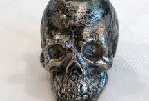 Dem bones, dem bones, dem dry bones... / Skulls and bones..all sorts / by Anna Elmqvist
