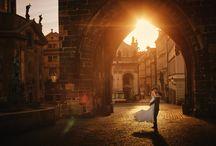 Golden Light pre weddings & lifestyle Sessions Prague