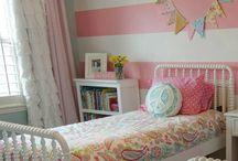 Sadies Big Girl Room / by Tessa Noakes