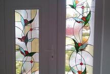Színes ólomüveg ajtó ablak betét / http://hu.sooscsilla.com/magan-vallalati-olomuveg-ablak-ajto/ http://hu.sooscsilla.com/portfolio/szines-olomuveg-ajto-ablak-uveg-betet-munkaim/