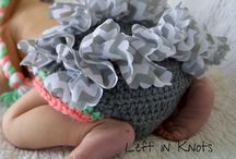 Left in Knots Complete Collection / All of the free crochet patterns, tutorials, tips, crafts and other yarn related information from Left in Knots!  No duplicate pins on this board so scroll down to see it all :)
