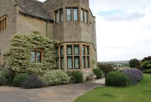 Steel Single Glazed Windows / Here at Cotswold Casements we have a wide range of single glazing options available to match your existing windows as close as possible. Whether you have a 300-year-old single flat iron or a 50 year old F range window, we will have a steel window to match. If you'd like to discuss all your single glazed window needs, please contact a member of the team in the office and we will be more than happy to help.