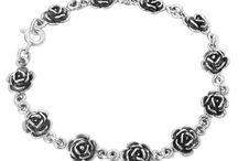 Jewelry - Bracelets / by Chelsey Cerza