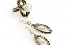 JewelMint Nesting Pearl Set