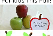 Back to School Time / Back to school time is always busy and fun. Grab all sorts of ideas for easy school lunches, first day of school pictures, style, teacher gifts, backpacks and more!