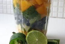What's in my NutriBullet now / There are so many healthy things you can blend in the NB!