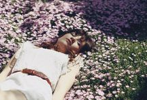 la fille dans le jardin / girl in the garden, flowers in her hair / by Elle Moss