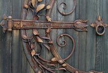 Door / Latches, Hinges, Keys, Knockers, Knobs & Locks