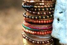 Hippe accessoires / aparte sieraden, tassen, sjaals hoeden en meer!!