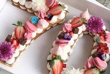 Pasteles de Números y letras florales