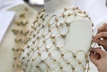 Fashion in close up / all about the details, the craft and the beauty of well designed womenswear.