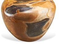stool de raíz de teca / stool de raíz de teca de Indonesia  Interiorismo, diseño, producción y fabricación para hoteles,