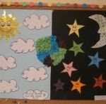 Moon craft ideas for kids / this page has lots of free moon craft ideas for preschool.