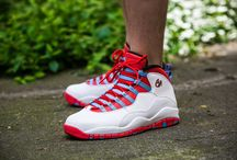 "Air Jordan 10 Retro ""Chicago"" (310805-114)"