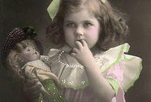 Дети и куклы / Фото