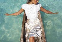 Creative Photoshoot Ideas for Beach Weddings