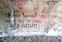 Unter der Brücke (? Street Art ?) / Geschriebenes an der Wand