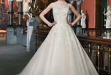Justin Alexander Gowns / Justin Alexander Collection wedding dresses and gowns