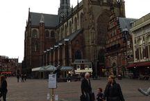 Haarlem / Dagje Haarlem! Ga naar het VVV en volg de historische wandeling door Haarlem. Je komt gelijk op de mooiste plekjes van Haarlem