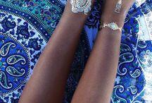 Henna & metallic tats