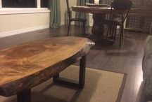 Live wood coffee table / Wood coffee table with wood legs.