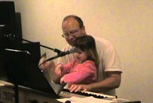Tom Avellino, Singer-Songwriter / Thomas Avellino is a singer/songwriter in his leisure.