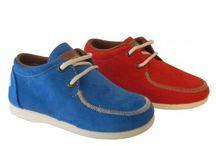 zapatos niños tipo náuticos subidos de Rodia / Zapatos de niños de ante en colores muy vivos para esta primavera-verano de las marca Rodia con suela muy flexible y con olor a azahar.