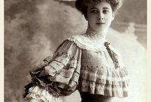 Fotografías de mujeres de épocas